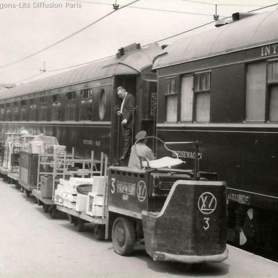 Wl en gare de paris lyon vers 1960