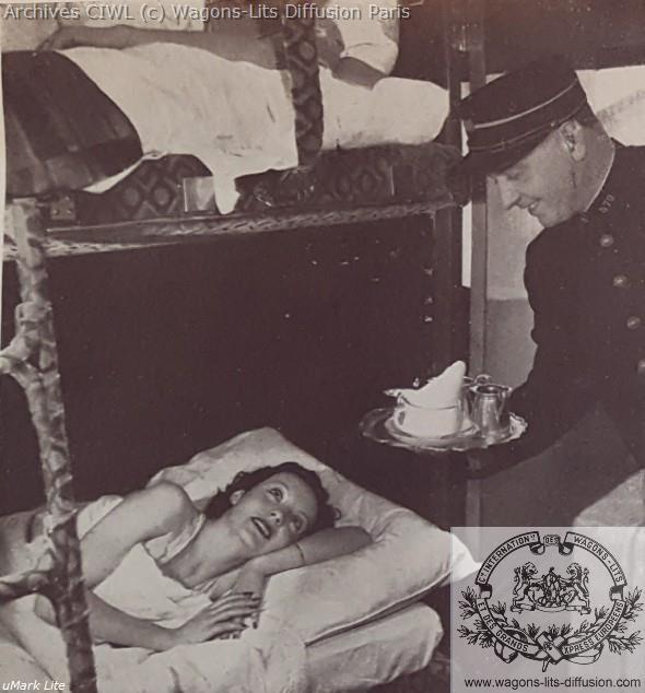 Wl pub service en voiture lit vers 1930