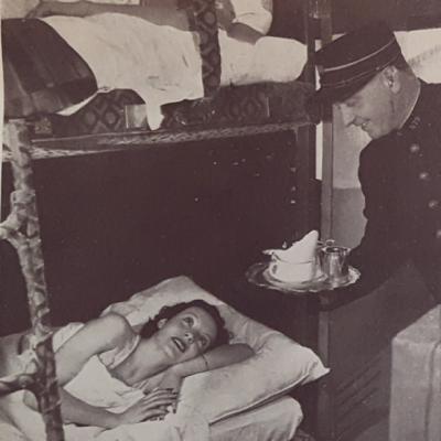 Wl pub service en voiture lit vers 1931