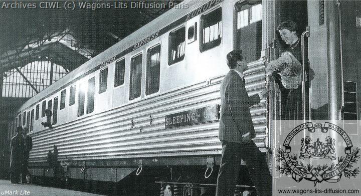 Wl pub voiture p passager a quai 1960